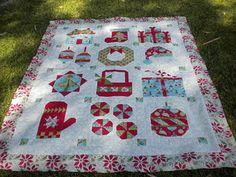 Christmas quilt - Fat Quarter Shop 2010 mystery quilt