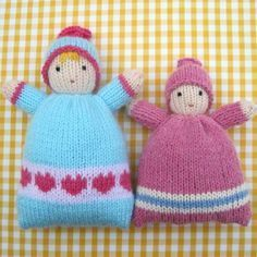 These soft, huggable LITTLE SWEETHEARTS make ideal 'first dolls' for tiny tots. When snuggled in a snowy white towel dolly will be extra cuddly (NB - towel not included). Little Sweethearts - knitted doll Knitting pattern by Toyshelf Little Sweetheart Knitted Doll Patterns, Knitted Dolls, Knitting Patterns, Crochet Patterns, Double Knitting, Loom Knitting, Baby Knitting, Knitted Baby, Baby Bunting