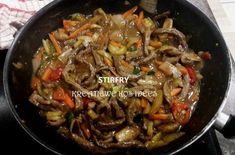 One dish – Eenbak geregte – Kreatiewe Kos Idees Kos, South African Recipes, Ethnic Recipes, Beef Recipes, Cooking Recipes, Hot Pot, Stir Fry, Gardening Tips