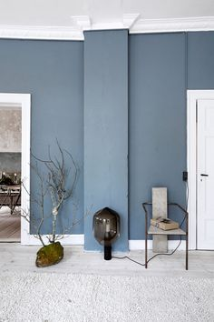 Seinän väri - Unngå så langt som mulig å bli inspirert av andre Living Room Colors, New Living Room, Living Room Designs, Blue Rooms, Blue Walls, Best Bedroom Colors, Colour Architecture, Small Space Interior Design, Sofa Design