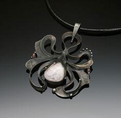 Oliv-Ova necklace  Terezka