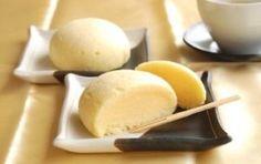 「お月様蒸しケーキ【No.151】」※アルミ半球ボンブ φ80mm 4個分レモン風味が爽やかなカスタードをたっぷり詰めた、お月さまのような形の蒸しケーキです。【楽天レシピ】