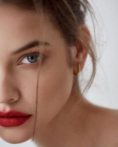 Played by Maxie Barbara Palvin, Animal Quotes, Victoria Secret Swim, Pretty People, Fashion Beauty, Celebrity Style, Hair Beauty, Photoshoot, Photo And Video