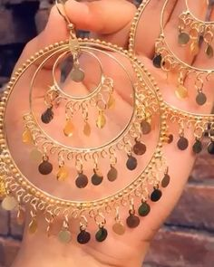 To buy this whatsapp @ 8764367603 All the great designs at one place . Shop our online store for amazing Jewellery at… Indian Bridal Jewelry Sets, Indian Jewelry Earrings, Jewelry Design Earrings, Gold Earrings Designs, Ear Jewelry, Fashion Earrings, Jhumki Earrings, Silver Jewelry, Antique Jewellery Designs