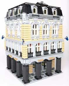 BrickLink MOC Item : Elephant Building