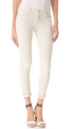 J.Brand 811 Mid Rise Skinny jeans in creamy white / Mary Kate's Essentials