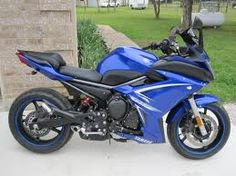 Blue Yamaha FZ6r. I prefer the white/pink model but the blue is also growing on me.