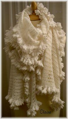 $5.35~Ravelry: Echarpe en dentelle - Lace scarf pattern by Pretty Tchouskaïa