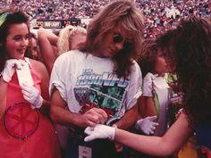 Jon Bon Jovi's secret life on the NFL sidelines Bon Jovi 80s, Jon Bon Jovi, George Young, Phil Simms, Bon Jovi Always, Guys Be Like, Glam Rock, Secret Life, Most Beautiful Man