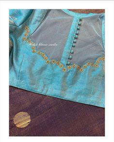 Lehenga Designs, Kurta Designs, Best Blouse Designs, Blouse Back Neck Designs, Bridal Blouse Designs, Logo Branding, Cashmere Pullover, Denim Look, Stylish Blouse Design
