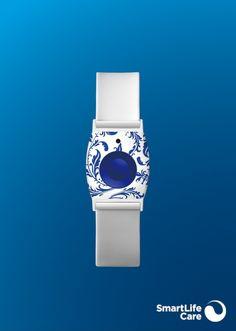 Notrufarmband Enzian | Enziane verwandeln dieses Notrufarmband in ein Schmuckstück mit Lokalkolorit. Bracelets Design, Bella, Rolex Watches, Accessories, Black Bracelets, Garlands, Light Blue, Buttons, Black Braces