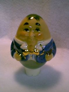 www.corlskiln.com. A Humpty Dumpty Pie Bird! I think a collection of these would be so fun! Come see the wonderful ceramic creations this vendor will bring to EPiC Arts Festival.