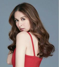 """""""I love it when i catch you looking at me! Marian Rivera, Princess Barbie Dolls, Royal Beauty, Muslim Girls, Celebs, Celebrities, Celebrity Photos, Mom And Dad, My Idol"""