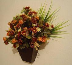 vasos em mdf revestido com laminado Imbúia,flôres permanentes.Lindo para decorar qualquer ambiente! R$ 75,60