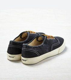 Black AEO Canvas Sneaker