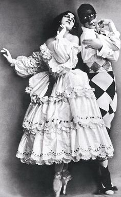 "Carnaval ca 1910: Mikhail Fokine and Vera Fokina, of the Russian Imperial Ballet, in ""Carnaval"". Music by Robert Schumann, choregraphy by Mikhail Fokine, design by Leon Bakst. Photo by Hulton Archive/Getty Images."