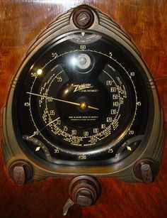 Zenith 12-S-267 Console Radio Dial Close-Up
