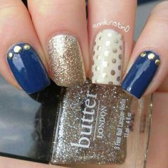 Mix and Match Gold and Navy nail art I want these nails for my wedding ideas Navy Nail Art, Navy Nails, Silver Nails, Golden Nails, Gelish Nails, Manicure E Pedicure, Halloween Nails, Trendy Nails, Nails Inspiration