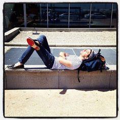 Mika relaxing in the sun July 2012 Origin Of Love, Prince, Freddie Mercury, Grace Kelly, My Favorite Music, Singer, Poses, Anatomy Art, Babe