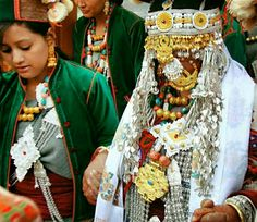 A Beautiful Kinnauri bride in traditional atari as she makes her grand entry into the new life... Good morning dear friends! Happy Monday & a wonderful week ahead..  #DreamShimlaLife  #mondaymotivation: Find three hobbies you #love: one to make you #money, one to keep you in shape, and one to be #creative. It's #february29.. make the most out of it!