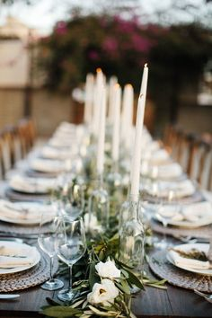 wedding tablescape // party table setting // wedding inspiration