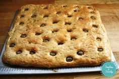 La focaccia d'Ottolenghi - Foodies and Family Yotam Ottolenghi, Ottolenghi Recipes, Otto Lenghi, Food And Drink, Vegetarian, Bread, Homemade, Chefs, Bread And Pastries