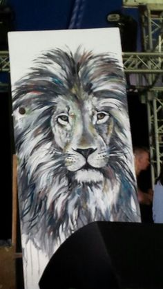 Lion painting at easterfest.