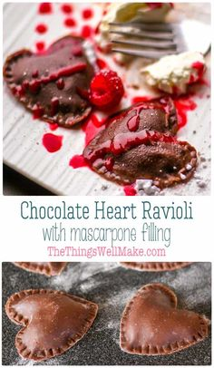 Impress your valentine with this romantic dessert ravioli: heart shaped chocolate ravioli with chocolate mascarpone filling and raspberry sauce. Romantic Desserts, Just Desserts, Delicious Desserts, Yummy Food, Romantic Dinners, Healthy Holiday Recipes, Real Food Recipes, Dessert Recipes, Cooking Recipes