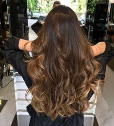Hair Color Flamboyage Balayage Highlights New Ideas Brown Hair Balayage, Hair Color Balayage, Hair Highlights, Bayalage, Balayage Brunette Long, Hair Colour, Ombre Hair, Long Brunette Hair, Caramel Balayage