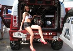Funny Car Back Up Girl | Back to Parent Gallery » Girls And Cars Is A Wonderful Combination…