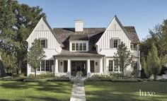 G.O. Architectural Design in Hindsdale, IL. Neutral palette, graceful proportions.