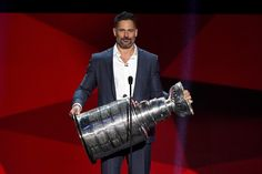 Joe Manganiello Photos Photos - Host Joe Manganiello holds the Stanley Cup during the final moments of the show during the 2017 NHL Awards and Expansion Draft at T-Mobile Arena on June 21, 2017 in Las Vegas, Nevada. - 2017 NHL Awards & Expansion Draft