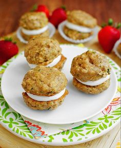 Zucchini Bread Cookie Whoopie Pies #healthy #recipes #dessert
