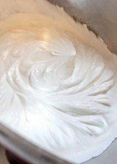 This light and airy whipped cream cheese frosting recipe has a billowy whipped-cream like consistency, but with a wonderful cream cheese flavor. Frosting Without Butter, Cool Whip Frosting, Whipped Cream Cheese Frosting, Homemade Frosting, Cake Icing, Icing Recipe, Frosting Recipes, Buttercream Frosting, Frosting Tips