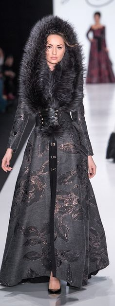 The stylish collection of Igor Gulyaev Fall Winter can spark up ideas to look highly elegant with very simple arrangement and manner. Fur Fashion, Runway Fashion, High Fashion, Winter Fashion, Mode Russe, Fabulous Furs, Mode Chic, Glamour, Russian Fashion
