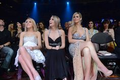 Porn Stars and Starlets Celebrate at the 2014 AVN Awards (NSFW)