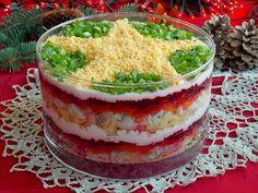 Szuba - warstwowa sałatka śledziowa z buraczkami Polish Recipes, Polish Food, Guacamole, Cooking Recipes, Pudding, Ethnic Recipes, Desserts, Christmas, Noel