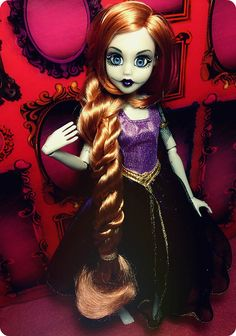 Once Upon a Zombie - Rapunzel | Here's a full shot of her ou… | Flickr
