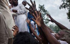 En los últimos días, 200 pueblos rohingyas han sido desplazados delEstado de Rakhine en Myanmar hacia Bangladesh. La ONU, realiza investigaciones deviol #Mundo #Myanmar #rohingyas  #ONU #UNICEF #DDHH #crisishumanitaria