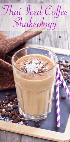 Swap your regular morning coffee for this Thai Iced Coffee Shake! // 21 Day Fix // 21 Day Fix Approved // fitness // fitspo motivation // Meal Prep // Meal Plan // Sample Meal Plan// diet // clean eating // recipe // recipes //Shakeology // shake recipes //smoothie recipes