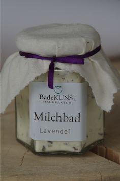 Molkebad Lavendel mit bio Sheabutter, Kakaobutter und bio Lavendelblüten.