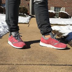 3/3 unDS Sunday  .... : @3dlashlindsay - @cncpts x @newbalance pair #Rosé - #newbalanceshoes #newbalance997 #997 #nbgallery #teamnb #runners #runnergang #runnersonly #igsneakers #ilovekicks #Icollectkicks #igsneakerhead #igsneakeraddict #igsneakercommunity #solecollector #sneakerhead #Kicks0l0gy #kickstagram #complexkicks #cellphonerunners #wordonthefeet #rockyourcop #valentines #conceptstore #snkrstyle #onfeet #onfeettoday by zavir55