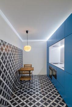Gallery of Caminha Refurbishment / Tiago do Vale Arquitectos - 24