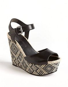 Effortlessly chic, you will love these leather wedge sandals from Vera Wang. www.ltinsider.com #lordandtaylor