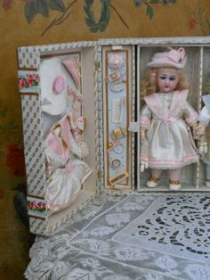 ~~~ Most Beautiful French Bisque Twins in Presentation - Box ~~~