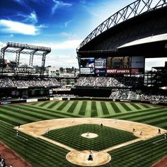 Safeco Field 6/10/12 Getting ready for Mariners v Dodgers (photo by Jen Howson)