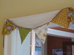 Baby Shower Safari DIY Bunting | TheBorrowedAbode.com