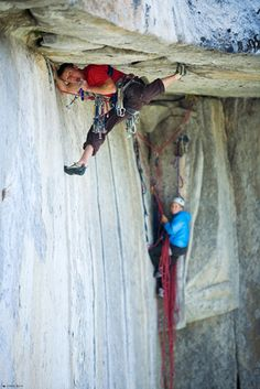 Tommy Coldwell, belayed by Beth Rodden  http://ilooove.it :-)