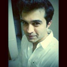 Karthik Hegde talks food fetishes - http://explo.in/2kQTZsS #Bangalore, #DonneBiryani, #Nagarjuna, #Nando's, #Pilot #Bangalore