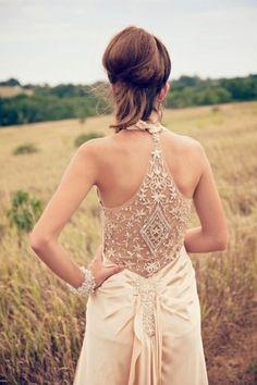 monique lhuillier lace wedding dress open back